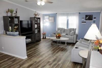 Mobile Home at 284 Monterey Cypress Blvd Winter Haven, FL 33881