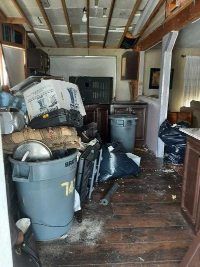Mobile Home at 747 Pirates Rest Rd. North Fort Myers, FL 33917