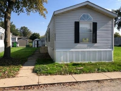Mobile Home at 43066 Calais Ave. #185 Sterling Heights, MI 48314