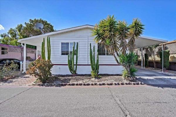 1980 Candlewood Mobile Home For Sale