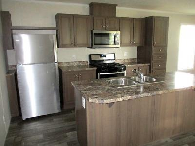 Mobile Home at 310 Emerald Park Union City, IN 47390