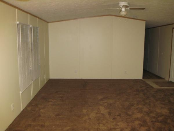 2004 CLAYTON WAYCROSS Mobile Home For Rent