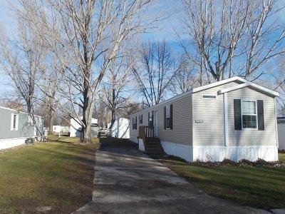 Mobile Home at 2506 Lawndale Road Lot 270 Grand Forks, ND 58201