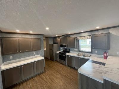 Mobile Home at 253 Macoun Muskegon, MI 49442
