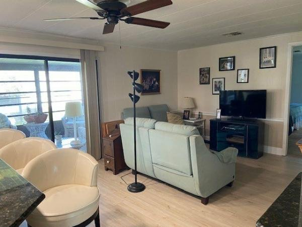 1983 PALM Mobile Home For Sale