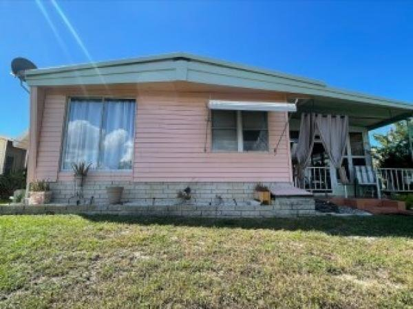 1975 Park Mobile Home For Sale
