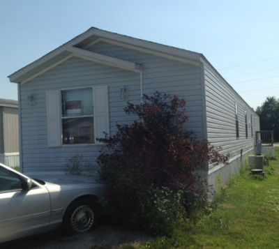 Mobile Home at 11806 N Bellefontaine Avenue Kansas City, MO 64156