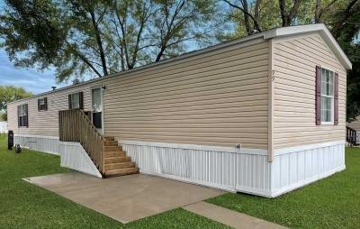 Mobile Home at 6500 Kansas Ave Lot 99 Kansas City, KS 66111
