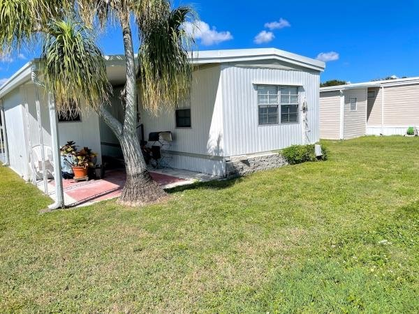 1974 NEWM Mobile Home For Sale