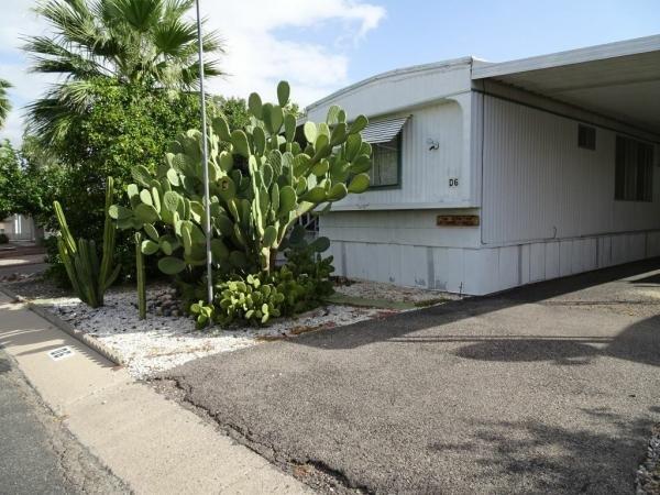 1976 Broadmore Mobile Home For Sale