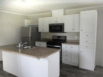 Mobile Home at 913 Moss Ave. Lot 66 Union City, IN 47390