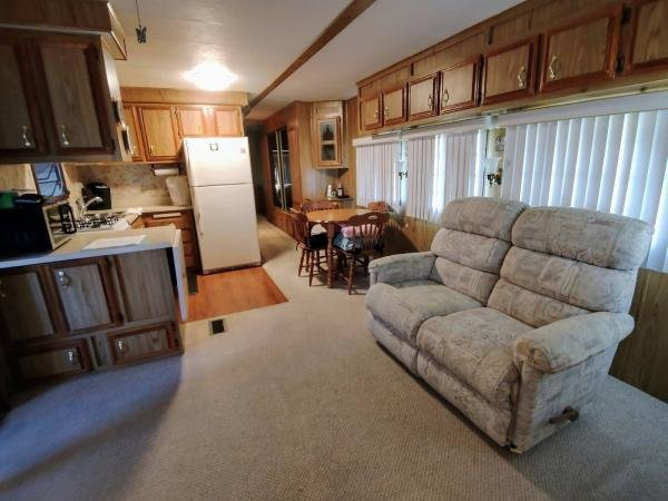 1985 WOOD Mobile Home For Sale