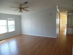 Photo 4 of 17 of home located at 73 Lake Pointe Drive Mulberry, FL 33860