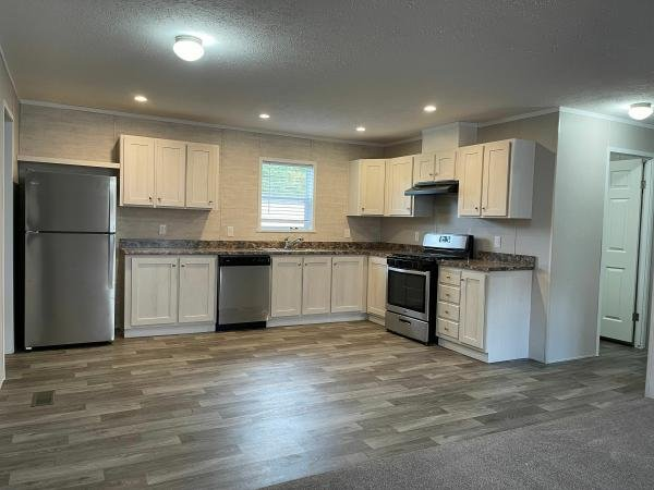 Photo 1 of 2 of home located at 3290 N Martha Street #144 Sioux City, IA 51105