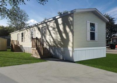 Mobile Home at 3728 Geneva Dr Lot 56 Bay City, MI 48706