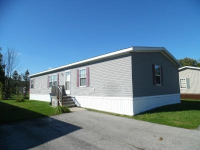 Mobile Home at 28610 Parkview Flat Rock, MI 48134