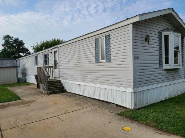 1992 schult Mobile Home For Sale