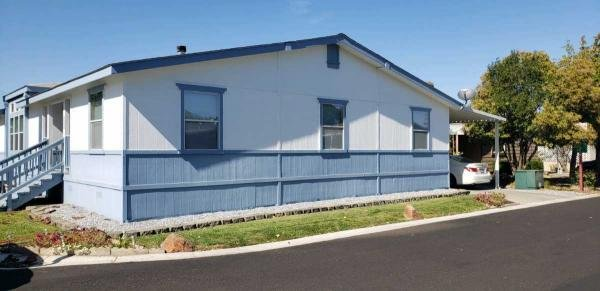 2002 HBOS Manufactures Mobile Home For Sale