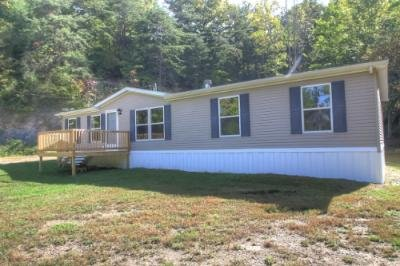 Mobile Home at 455 Donta Ln East Bernstadt, KY 40729