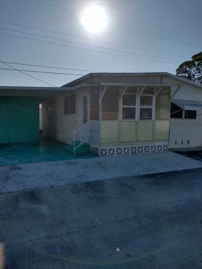Mobile Home at 4918 14th St. W. Lot C-7 Bradenton, FL 34207