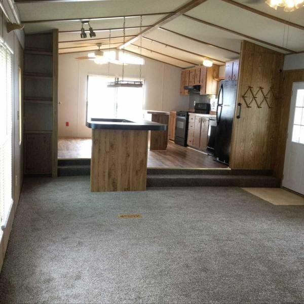 1984 High Chaparral  Mobile Home For Rent