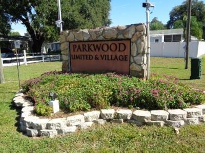 Mobile Home at 905 Debbie St Wildwood, FL 34785