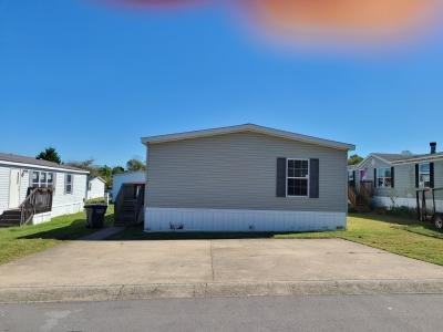 Mobile Home at 39 Lynnwood Circle Clarksville, TN 37040