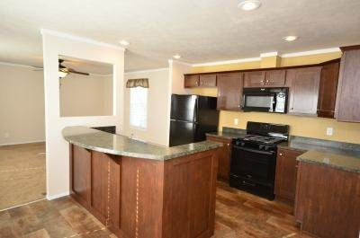 Mobile Home at 2060 Summergreen East Ct. Muskegon, MI 49442