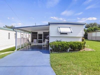 Mobile Home at 11114 Redbird Drive Dade City, FL 33525