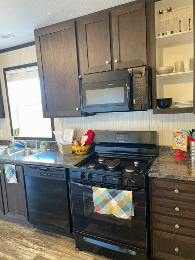 Mobile Home at 1007 3 1/2 Avenue East West Fargo, ND 58078