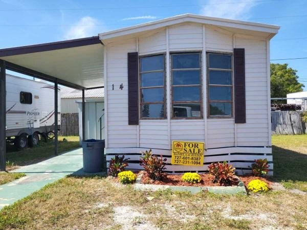 1985  Mobile Home For Sale