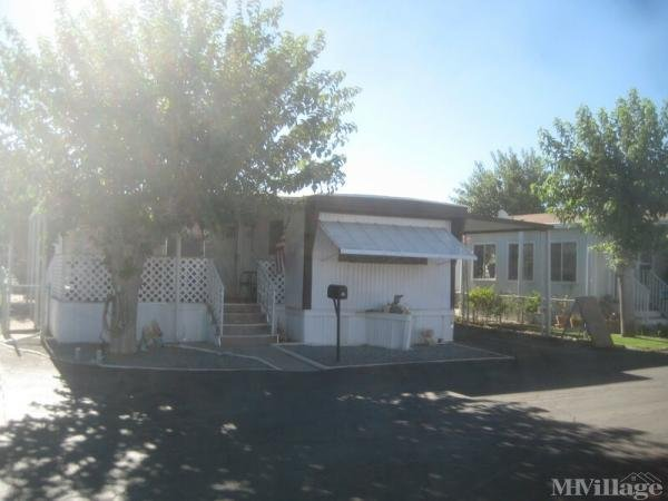 Photo of Apple Valley Village Mobile Home Estates, Apple Valley, CA
