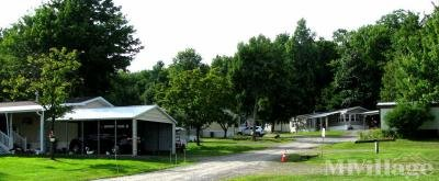 Mobile Home Park in Port Crane NY