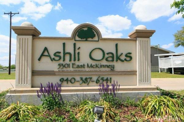 Ashli Oaks Mobile Home Park in Denton, TX