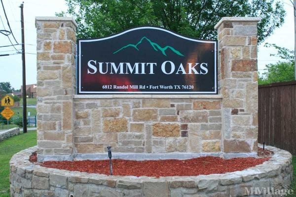 Summit Oaks Mobile Home Park in Fort Worth, TX