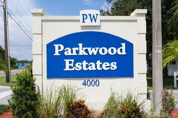 Parkwood Estates Mobile Home Park in Plant City, FL