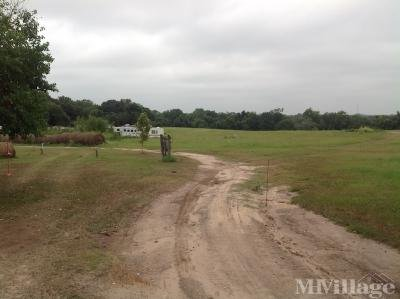 Mobile Home Park in Bellville TX
