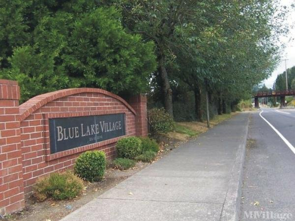 Blue Lake Village Mobile Home Park in Fairview, OR