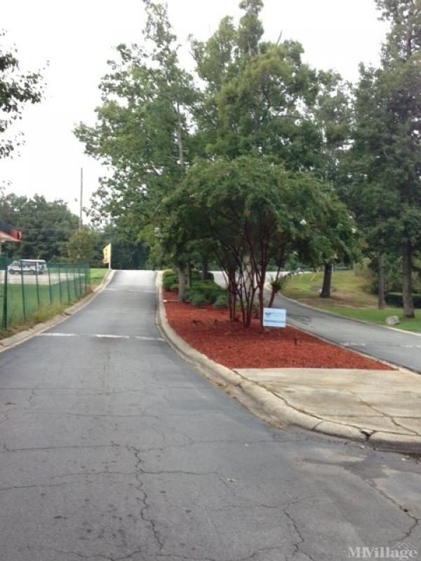 Photo of Golden Estates MHC, Douglasville, GA