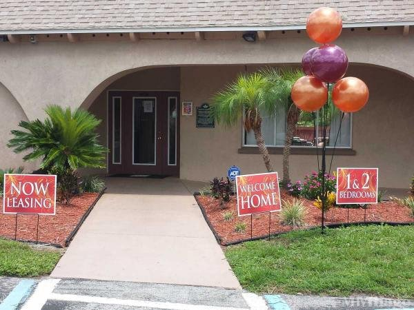 Colonial Village Mobile Home Park in Orlando, FL