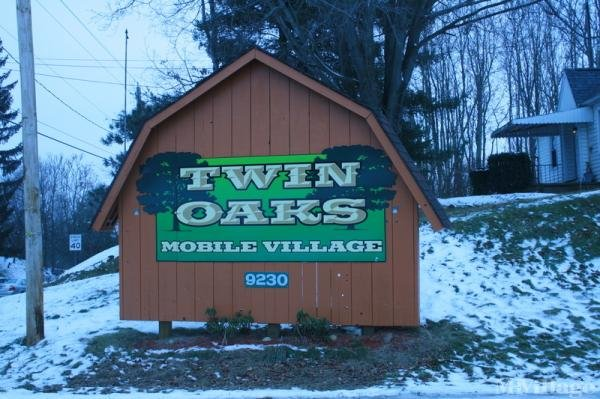 Twin Oaks Mobile Vlg Mobile Home Park in Lisbon, OH