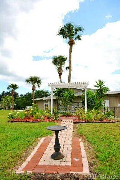 Swan Lake Memorial Garden