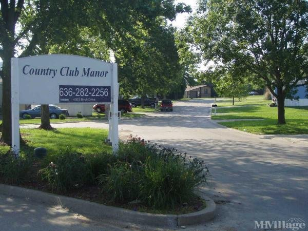 Country Club Manor Mobile Home Park in Imperial, MO