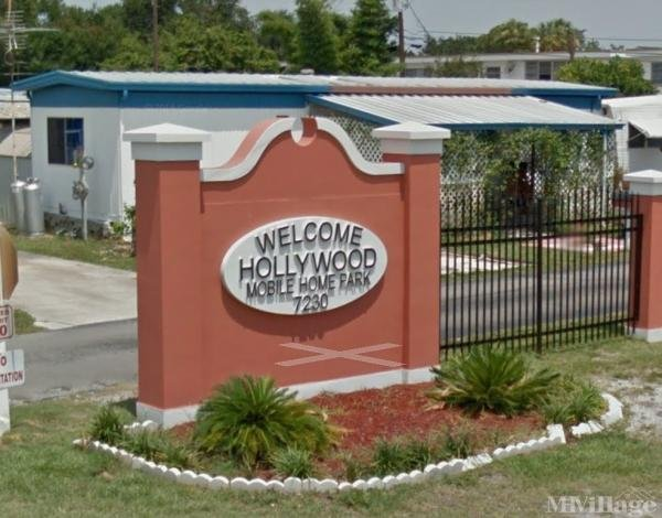 Hollywood Mobile Home Park Mobile Home Park in Saint Petersburg, FL