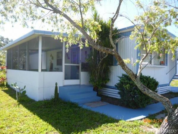 Woodlawn Manor Mobile Home Park in Vero Beach, FL