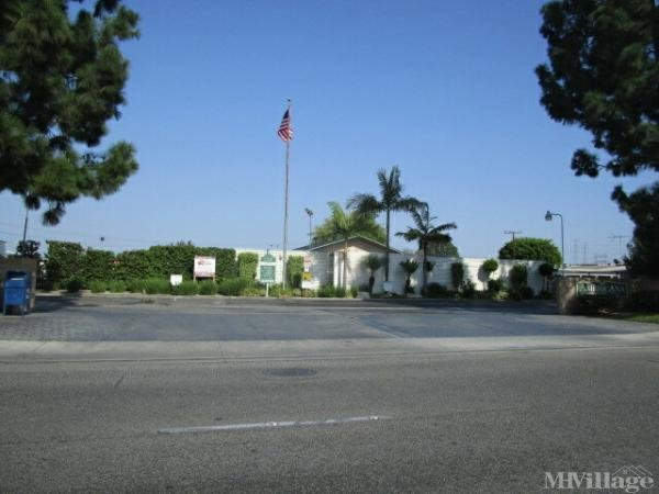Photo of Americana Mobile Home Park, Paramount, CA