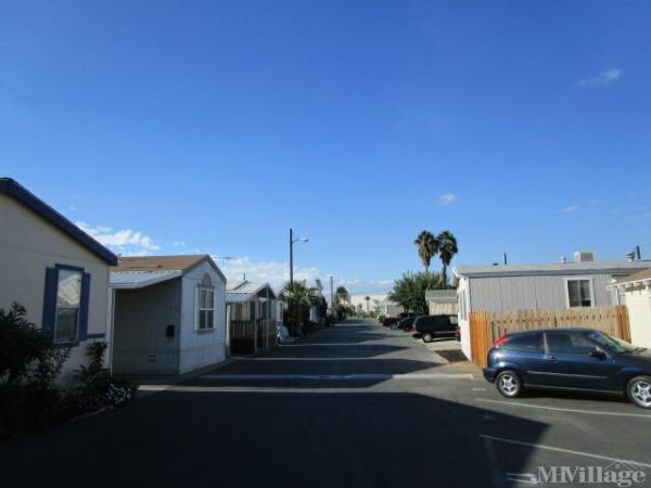 Photo of La Corona Mobile Home Park, Corona, CA