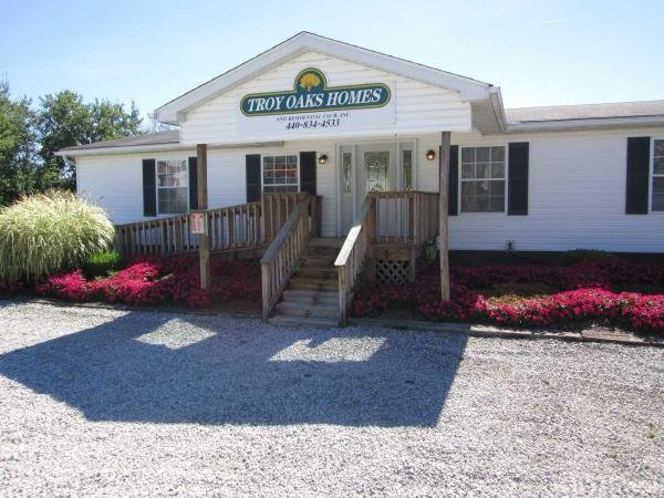 Troy Oaks Homes Mobile Home Park in Hiram, OH