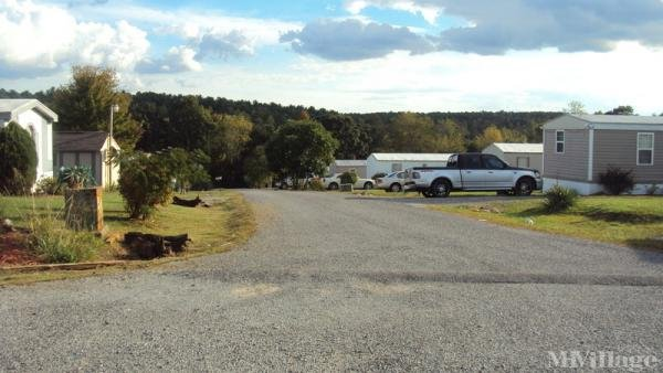 Photo of Twin Oaks Mobile Home Park, Rocky Mount, VA