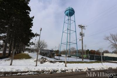 Mobile Home Park in Circle Pines MN